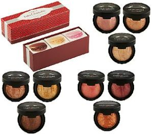 Laura Geller Holiday Baked Stackable Macaroons Collection