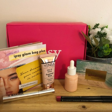 Ipsy Glam Bag Plus Review — May 2018 | Amy Karlson